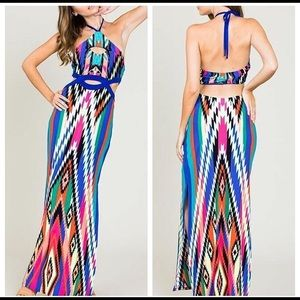 Dresses & Skirts - Cut Out Maxi Dress